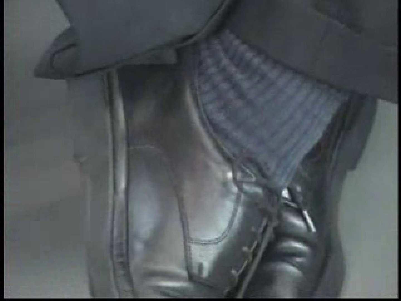 電車内でリーマンの股間撮影 スーツ  57pic 1