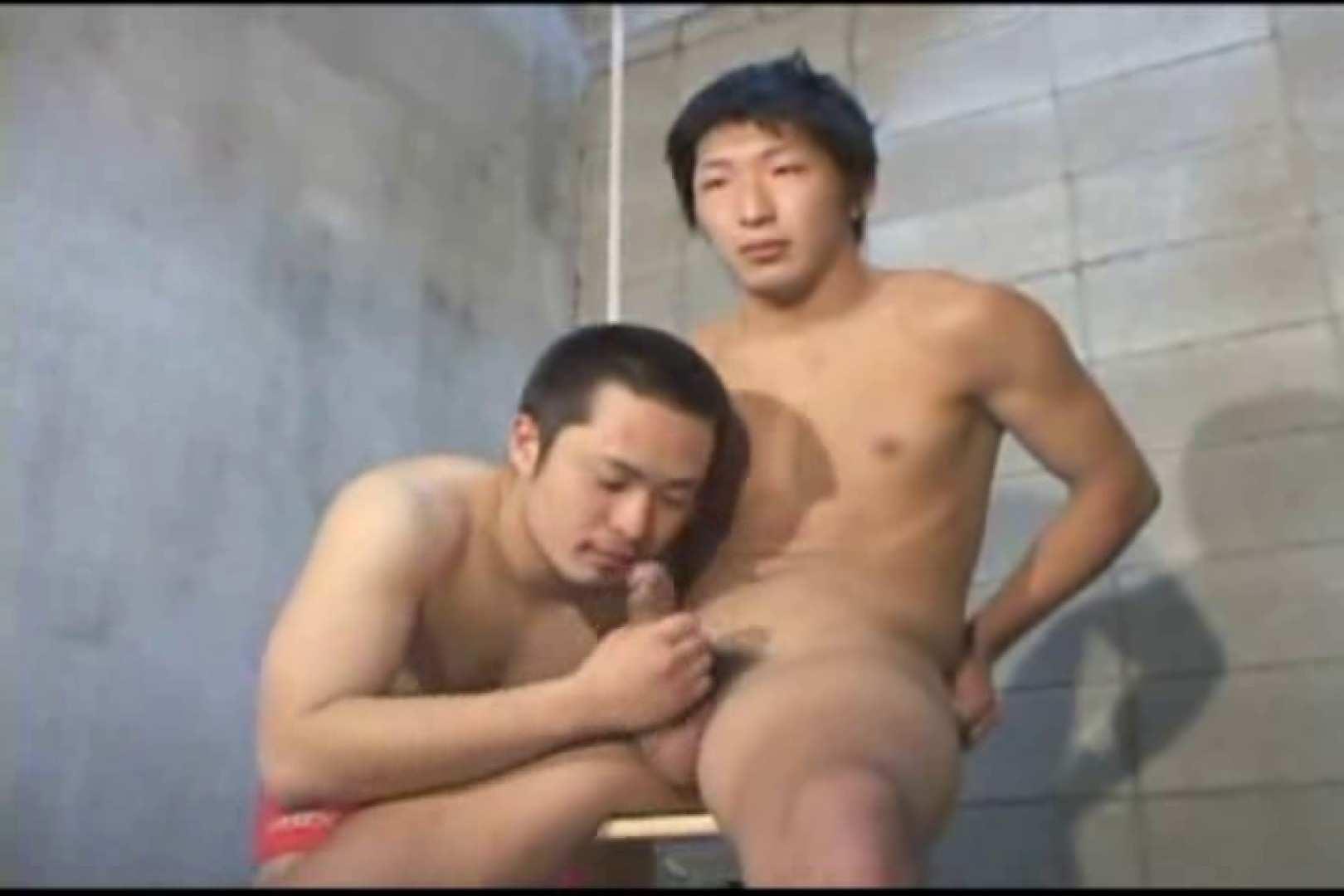 機械室で体育会系男子を手コキ&フェラ!! ガチムチ  96pic 62